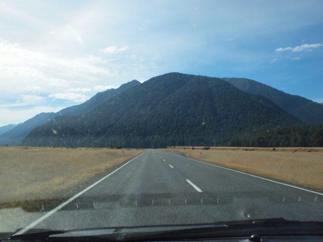 ニュージーランド カンタベリー地方の道