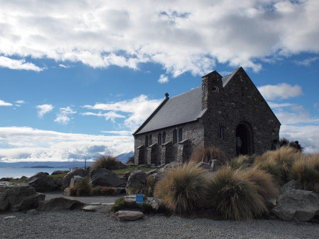 観光名所テカポ湖の有名な教会