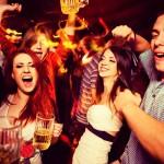 パーティで、男子学生の毒牙(?)から女友達を救いだす5つの方法
