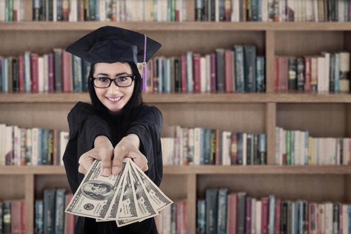 フランス留学の費用
