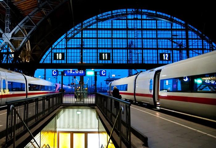 ヨーロッパ内の移動手段にはどれを使う?鉄道・バス・LCCを比較!