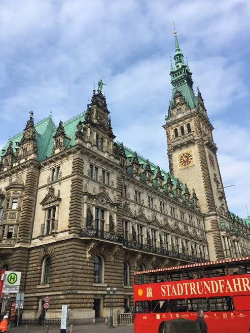 ドイツ ハンブルクの市庁舎