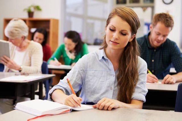 フランス語学留学できる語学学校
