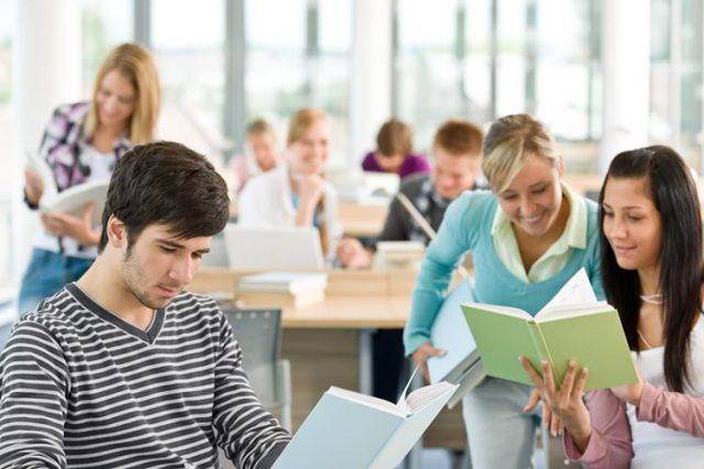 フランス語学留学の試験