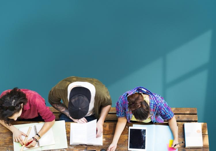 海外留学に必須!?どっちを受ける?TOEFL or IELTS