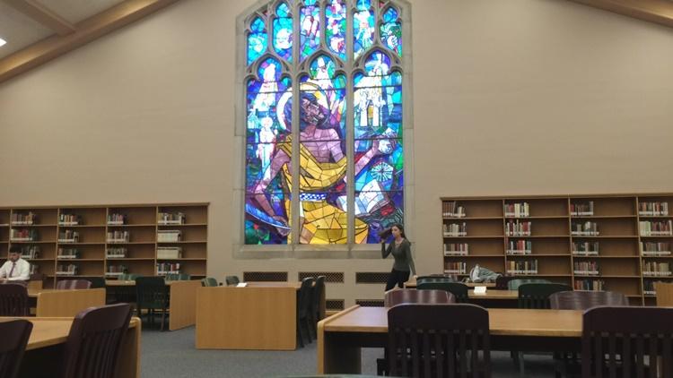 アメリカの大学の図書館