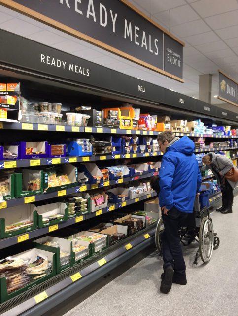 イギリスのスーパー、アルディの売り場