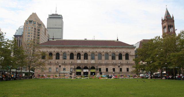 アメリカ ボストン公立図書館