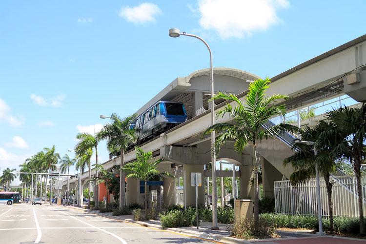 アメリカ マイアミのモノレール