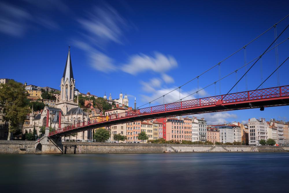 フランスのヴューリヨンの橋