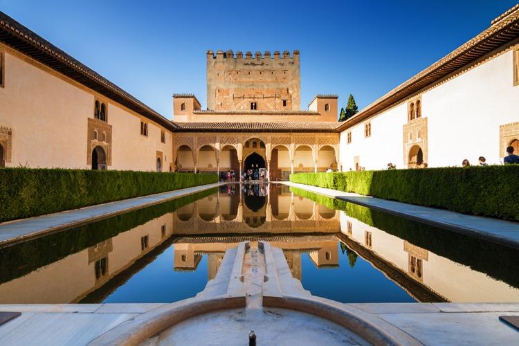 スペイン グラナダのアルハンブラ宮殿
