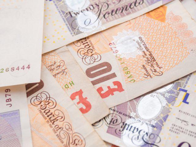 イギリス留学費用
