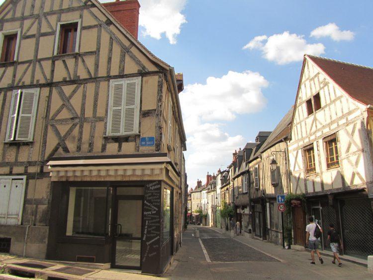 フランス ブールジュで語学留学