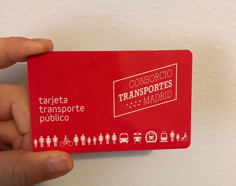 スペインの地下鉄で利用するabonoカード