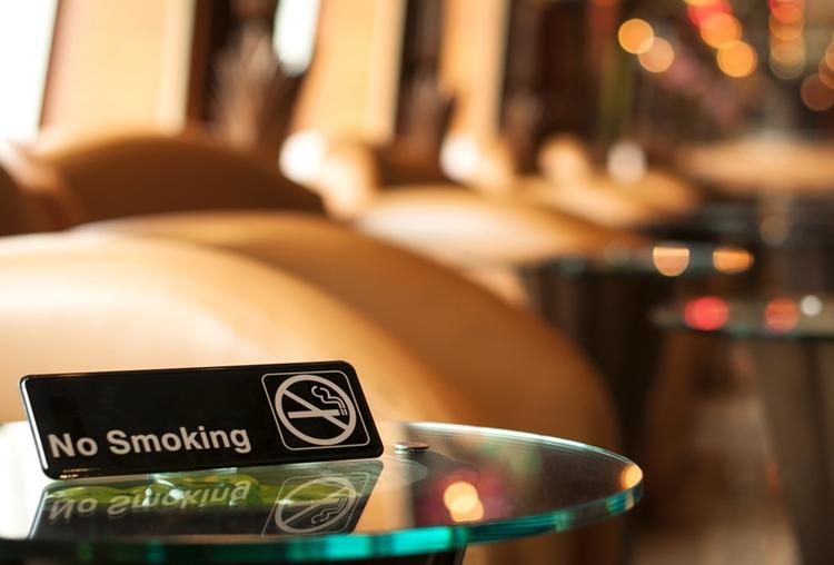 オーストラリ室内喫煙禁止