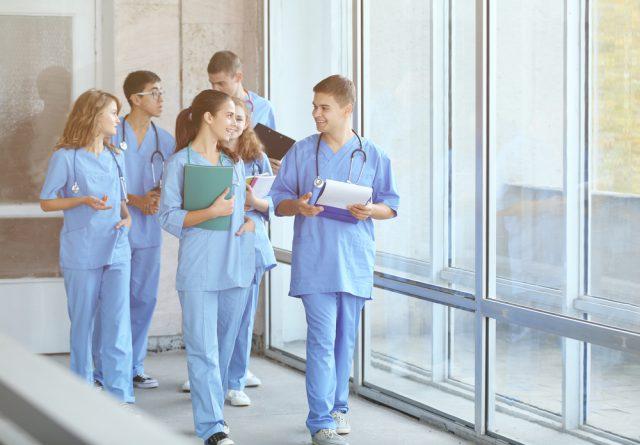 看護師留学