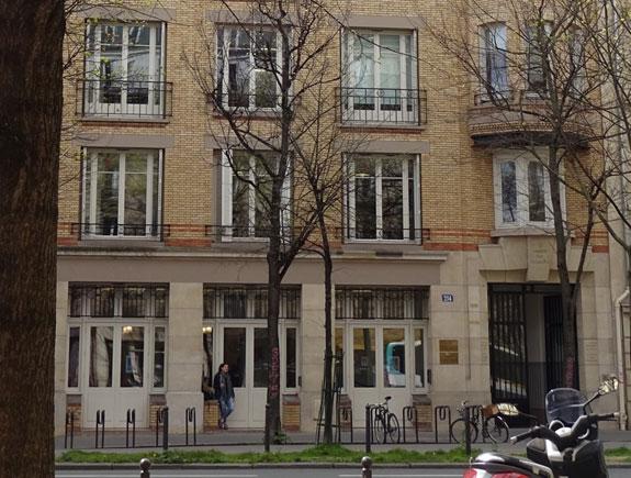 テストが行われたパリ14区ソルボンヌ文明講座の校舎