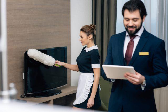 ホテル経営者