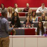 「自由」を突き詰める学問。海外留学で教養学部という選択肢はアリか?