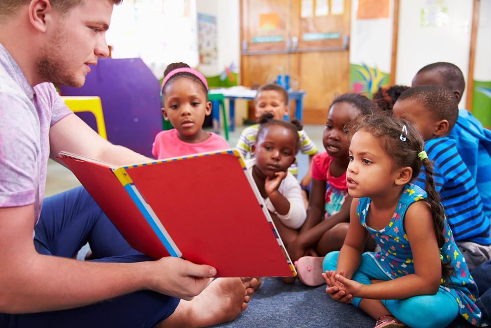 幼稚園でボランティア