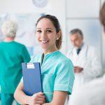 医療英語を学ぶカナダ語学留学。費用は?どんな語学学校がある?