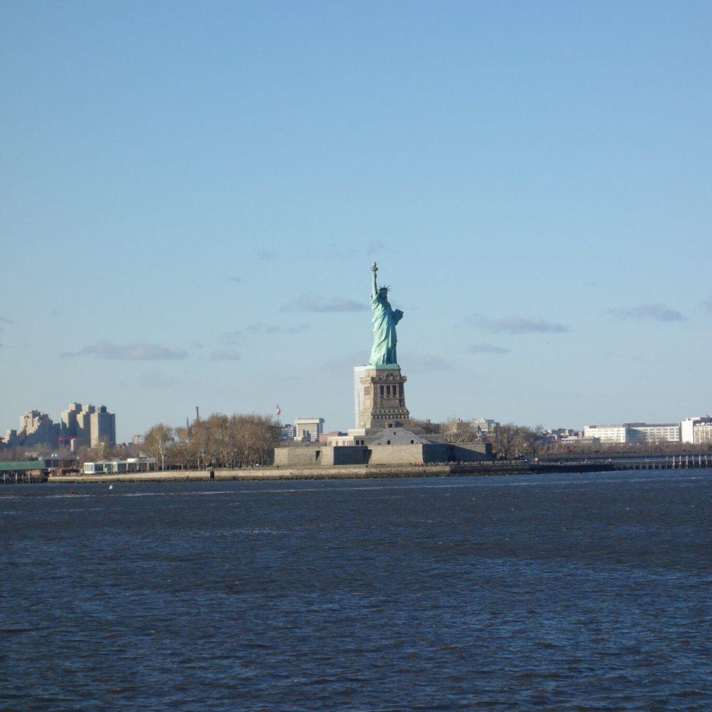 アメリカ ニューヨークの自由の女神