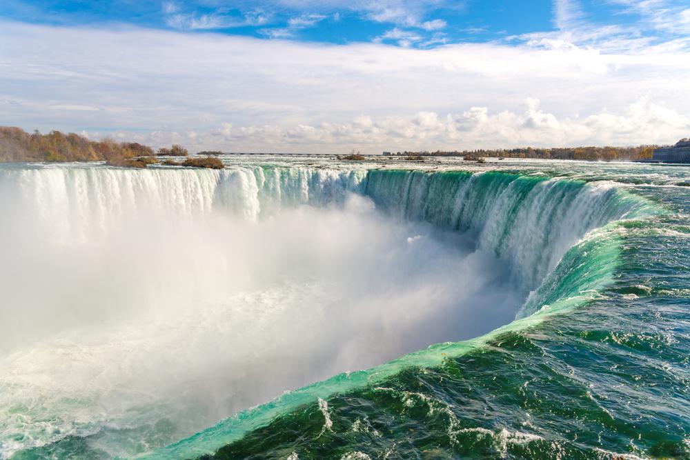 カナダ1か月の短期語学留学の費用