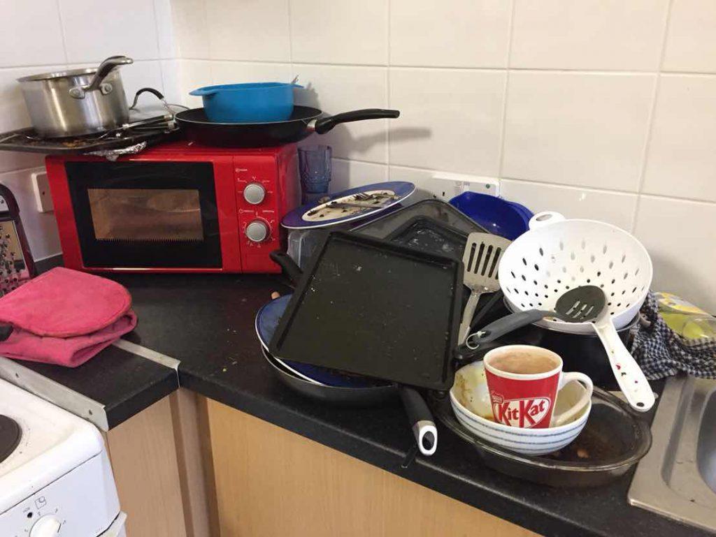 イギリスの寮のキッチン