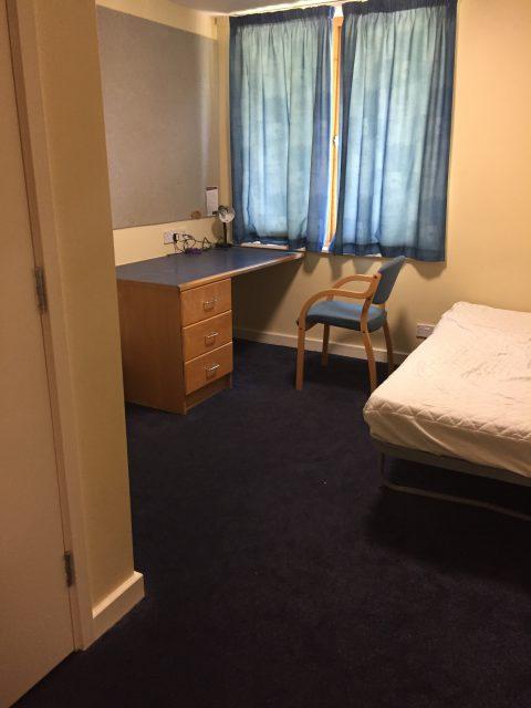 イギリスの寮の部屋