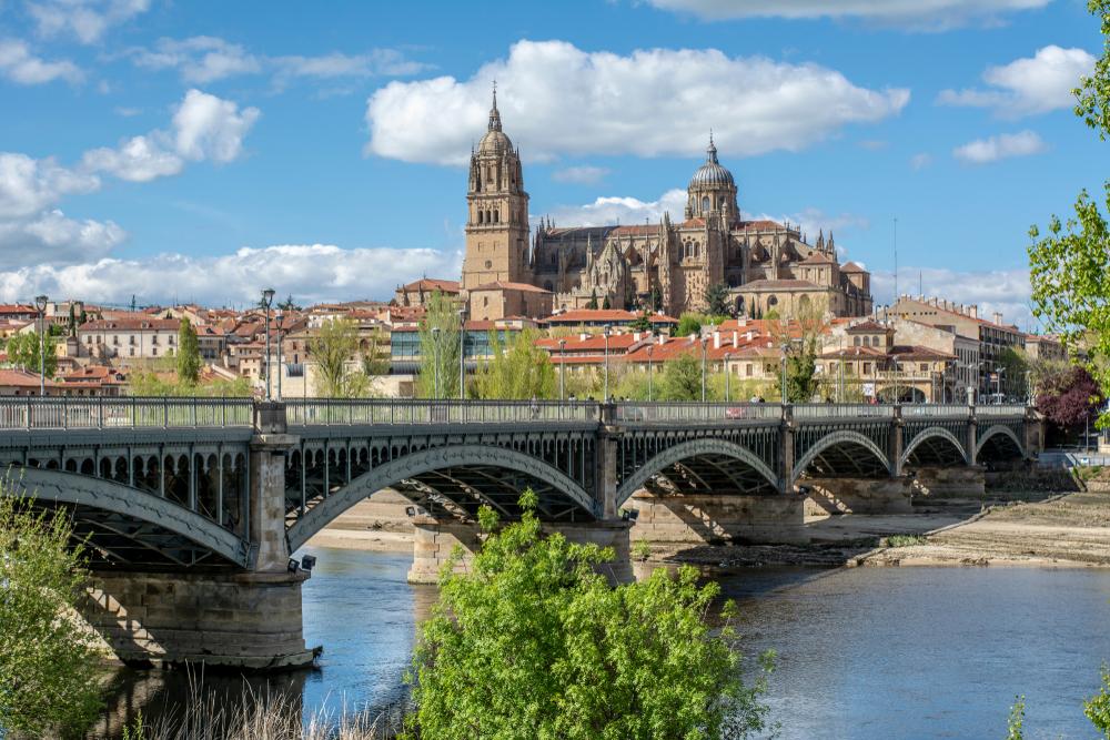 スペイン1週間の短期語学留学費用