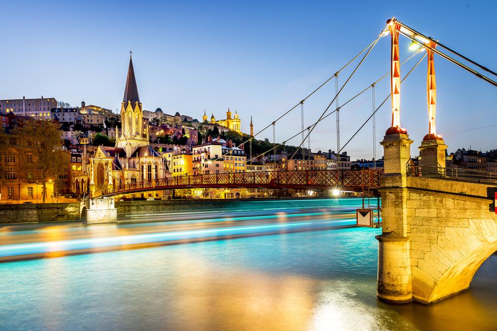 フランス1週間の短期語学留学の費用