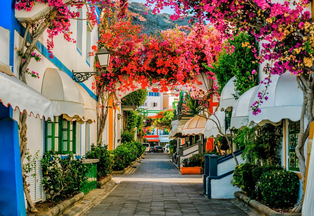 スペイン短期語学留学できる都市