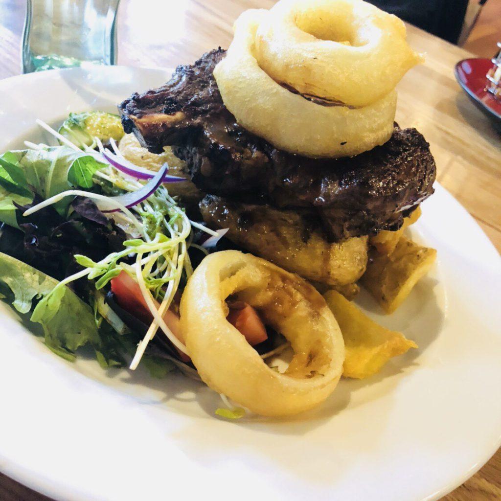 ニュージーランドのレストランHotel Bristolの料理