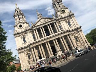 イギリスのセントポール大聖堂