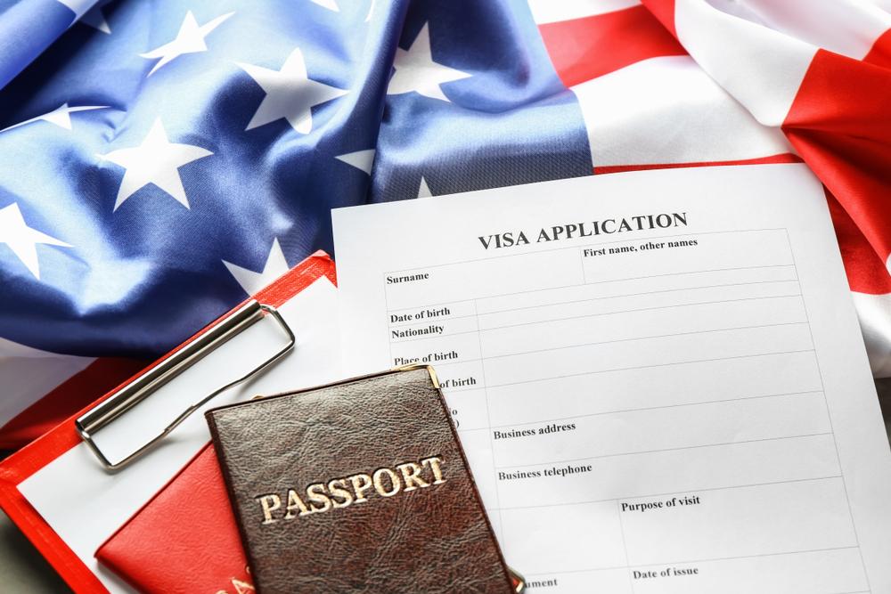アメリカ大使館でビザ申請