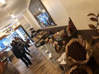 イギリスのブリックレーン市場にあるカフェ