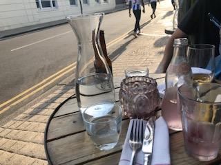 イギリスのリゾート地ブライトンで食事