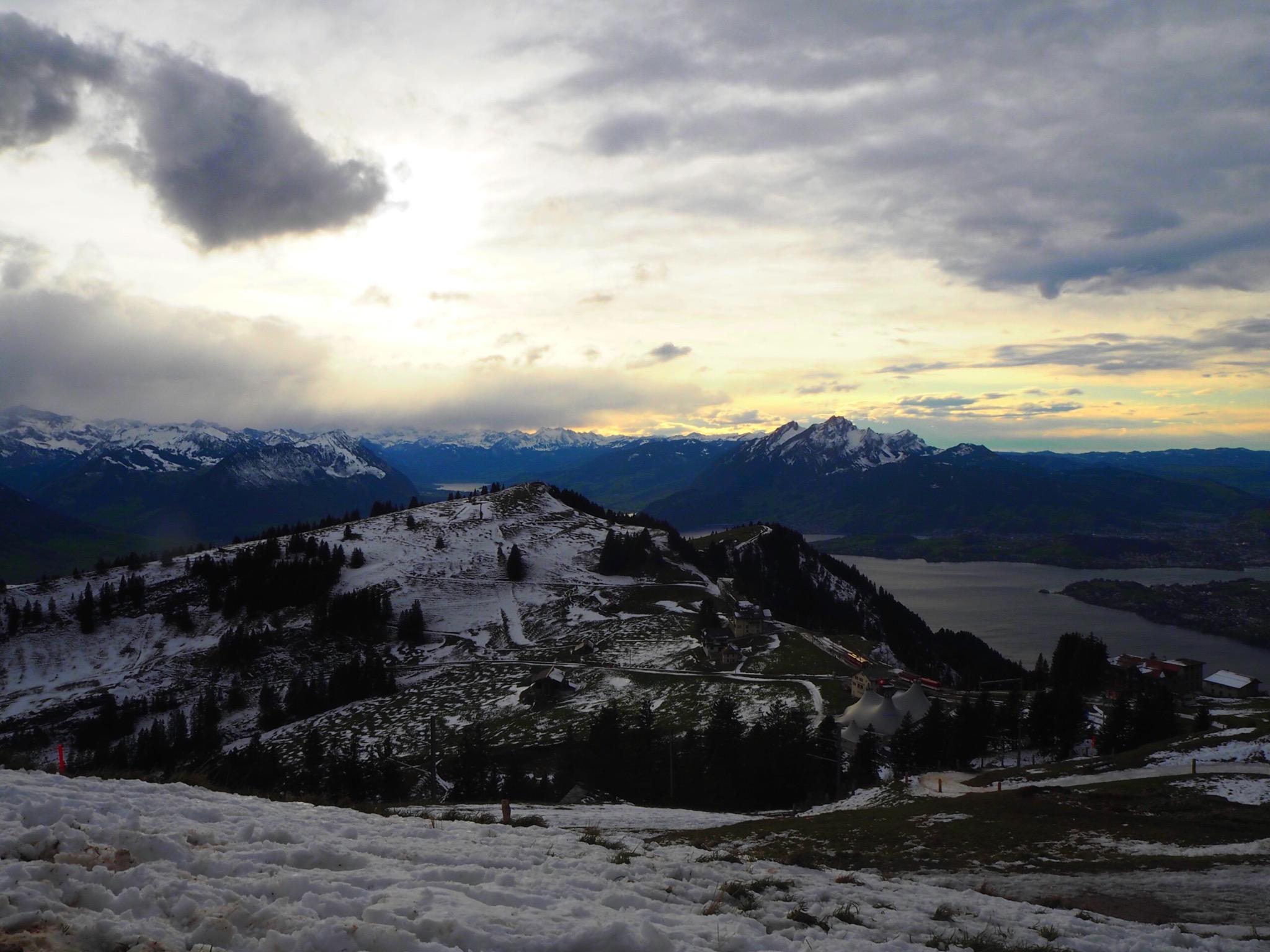 ヨーロッパでの1泊旅行!スイスのアルプスを求めるならリギ山へ!