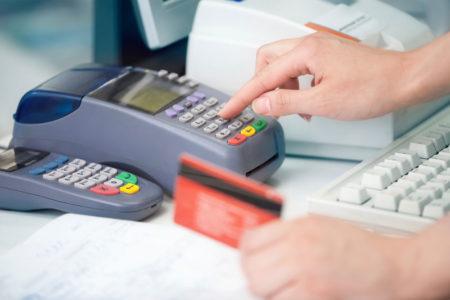 留学中クレジットカードを紛失してしまった!その時の対応は?
