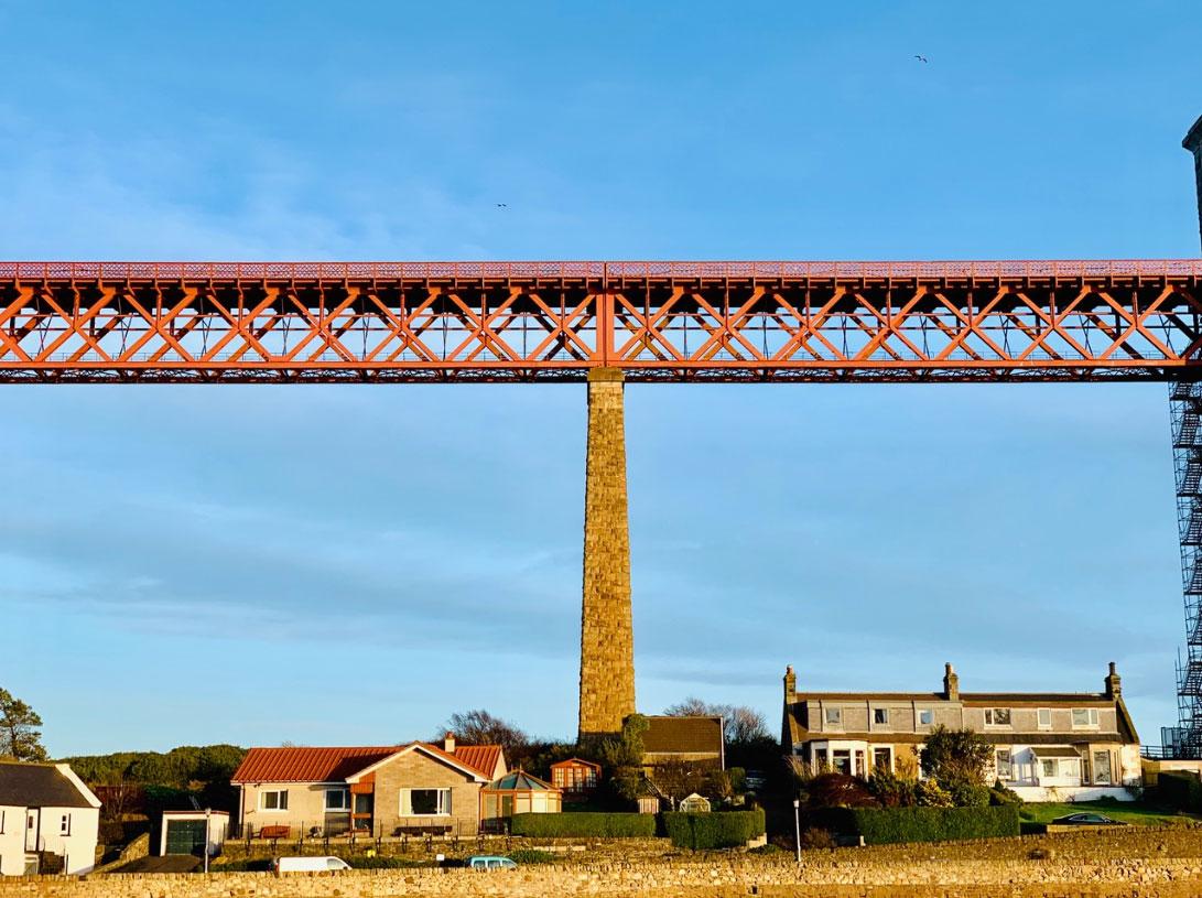スコットランドのシンボル フォース橋