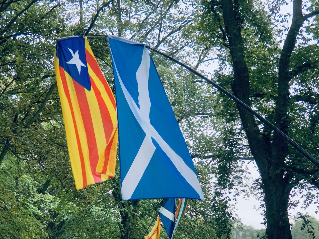 スコットランドのデモ行進