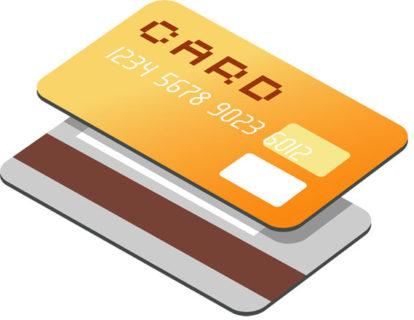 アメリカ留学中、カードって何枚必要!?