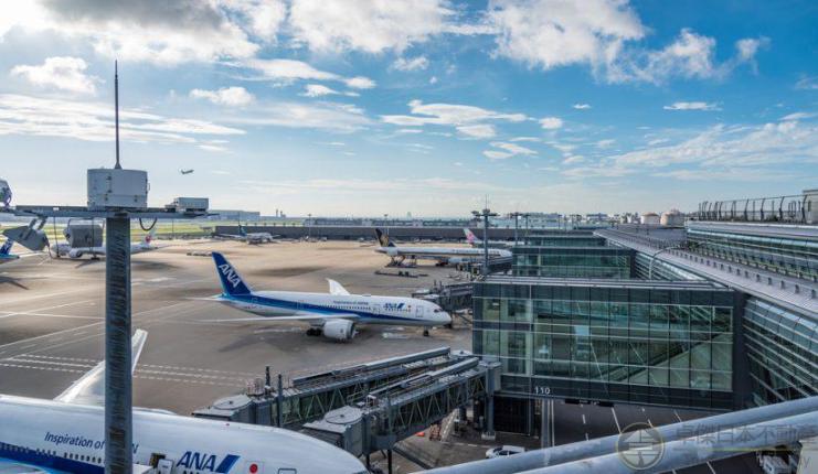 日本の空港でのアクシデント