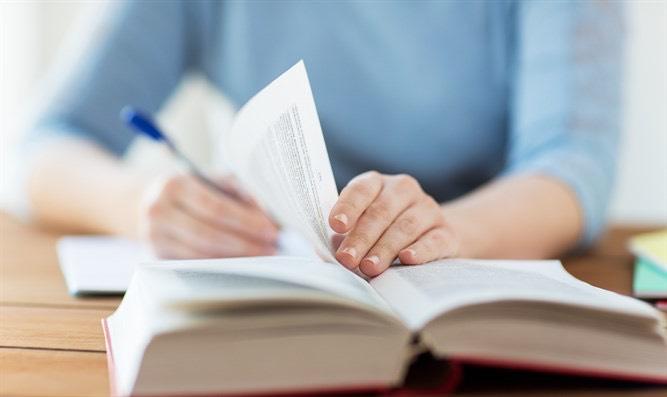 留学するなら検定をとろう!Cambridge・TOEIC・IELTSおすすめは?