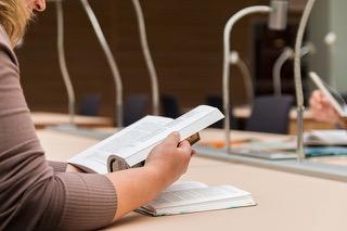 ラトビア大学で春学期に選択した授業とテスト対策