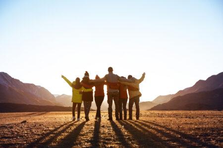 留学中、海外で友達をつくるコツは?