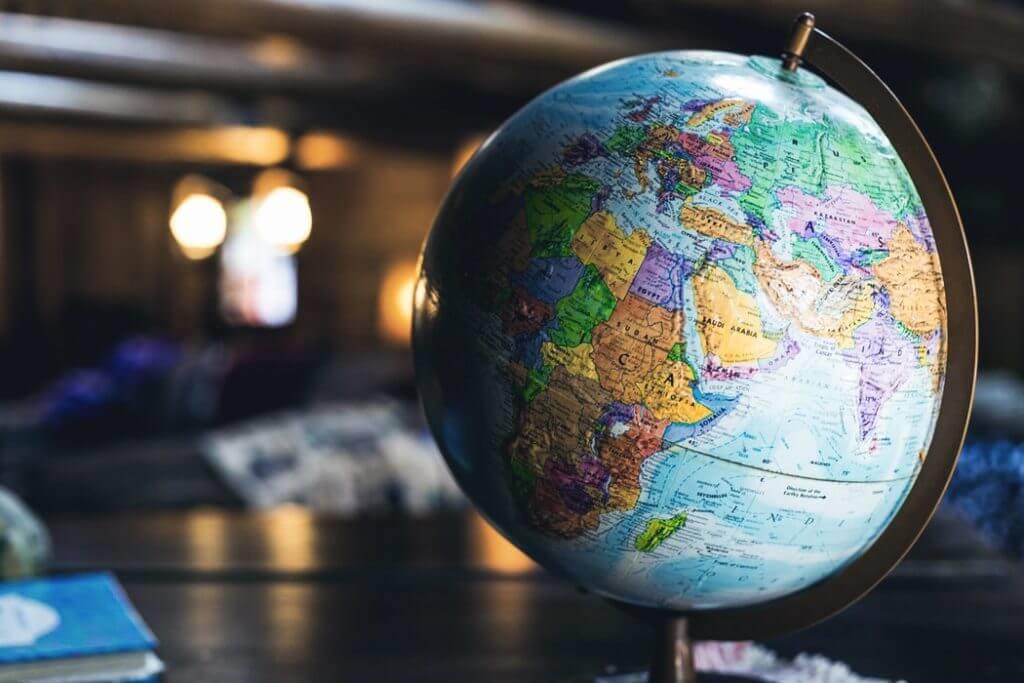 留学エージェントの探し方
